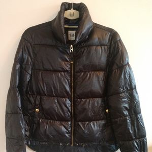 GAP black puffer jacket.